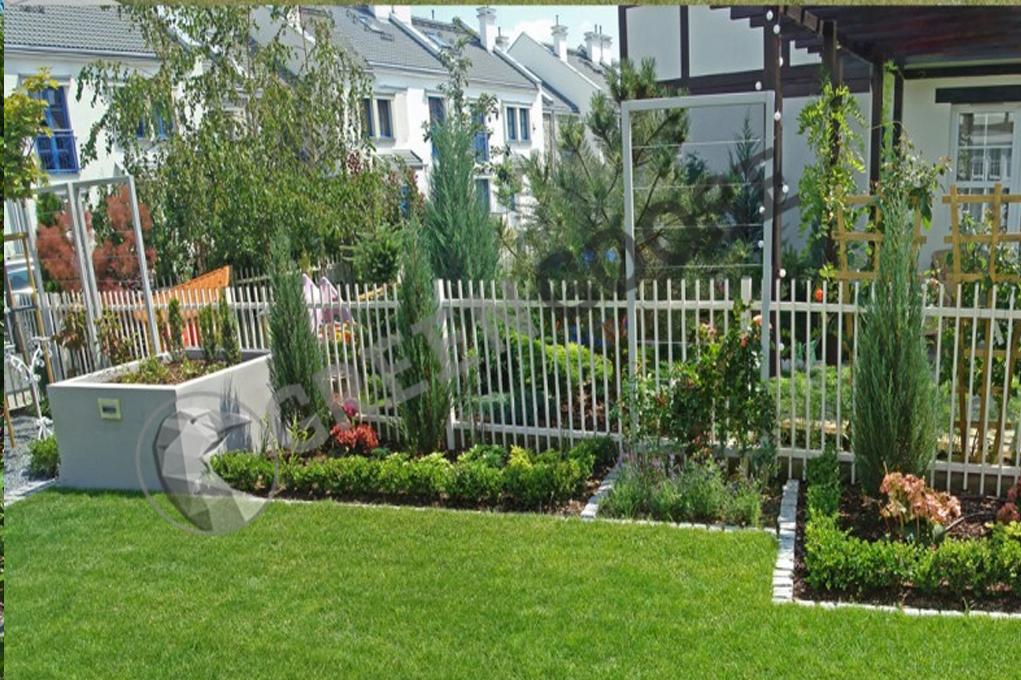 Благоустроенный участок, газон, озеленение