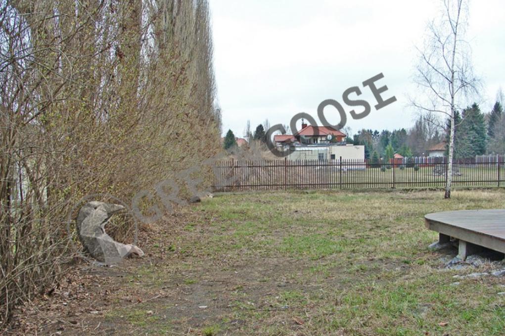 Вид участка до обустройства рулонного газона и ландшафтных работ